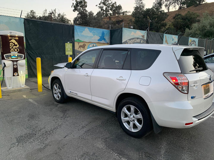 EV charging stations in Los Angeles Zoo